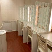 談合坂SAの店内側の女子トイレ