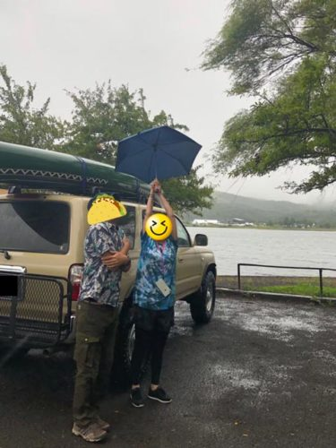 雨の山中湖みさきキャンプ場