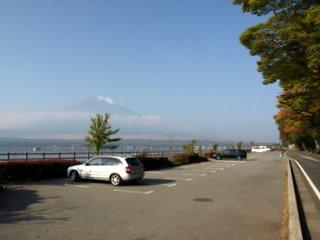 長池親水公園駐車場
