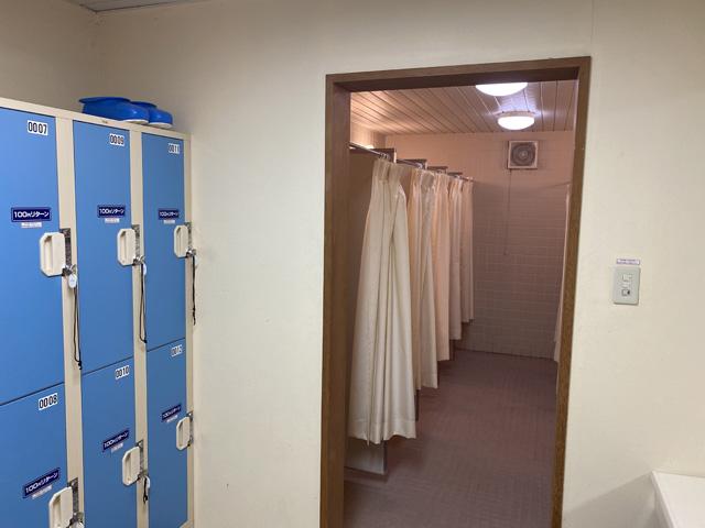 シャワールームも超清潔